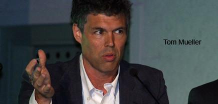 slippery-business-journalist-tom-mueller-speaks-at-uc-davis