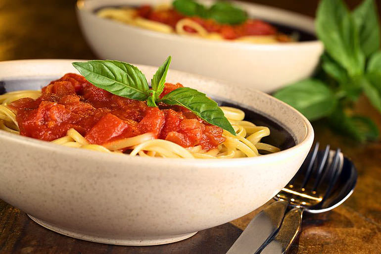 international-day-of-italian-cuisines-celebrates-spaghetti-al-pomodoro