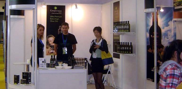 greek-olive-oil-producers-struggle-in-china