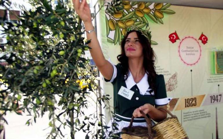 ayvalk-hosts-10th-international-olive-harvest-days