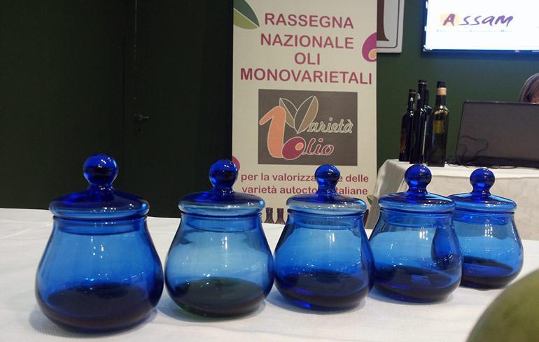 marche-hosts-12th-exhibition-of-italian-monovarietals