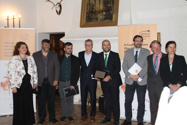 uc-davis-and-the-university-of-jaen-sign-collaboration-agreement-uc-davis-and-university-of-jaen-come-together-at-castillo-de-canena-to-present-the-luis-vano-research-award